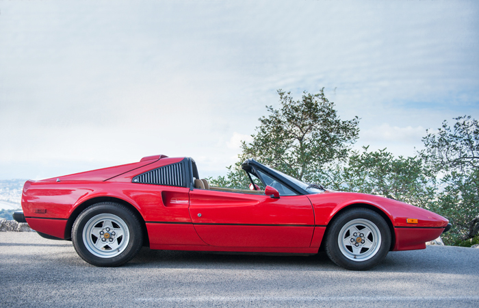 Ferrari 308 GTS – Rent A Clic Car